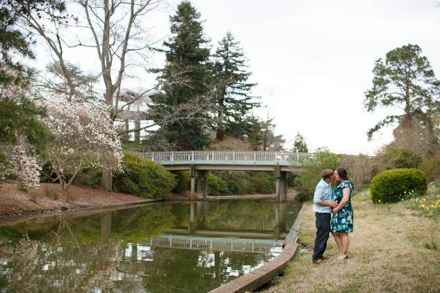 brigitte-jonathan-maternity-norfolk-botanical-gardens-104