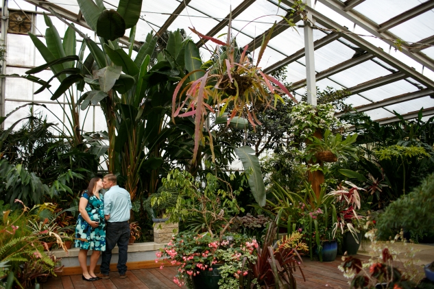 brigitte-jonathan-maternity-norfolk-botanical-gardens-44