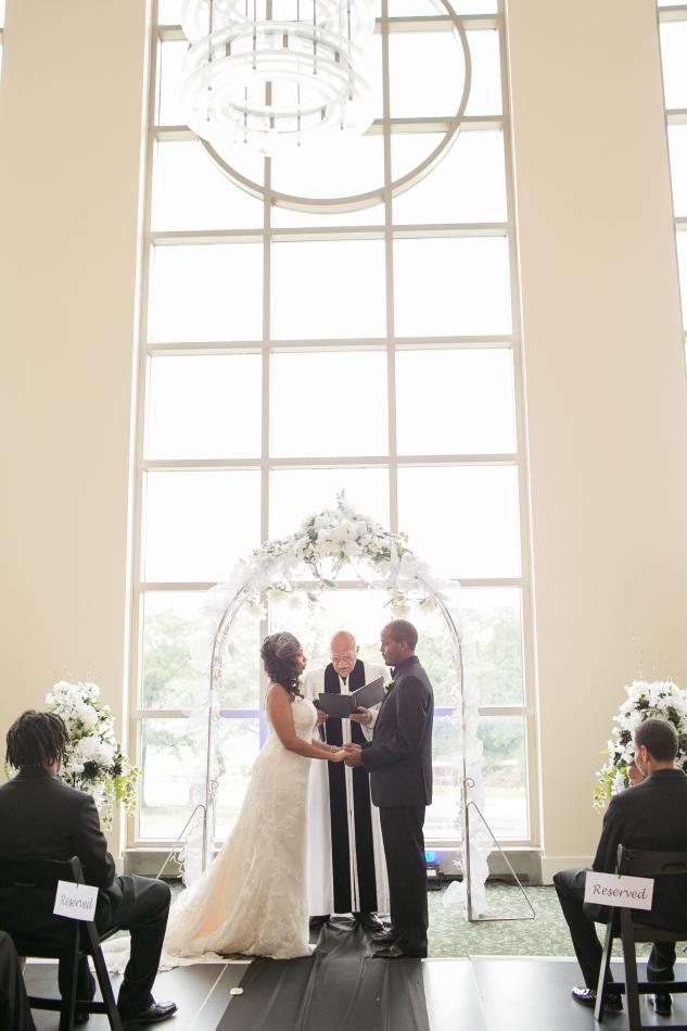 classic-black-white-harrison-opera-house-wedding-norfolk-38