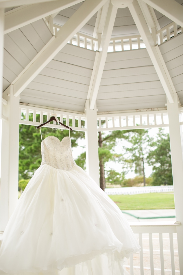 colorful-jewel-toned-virginia-beach-wedding-photo-23