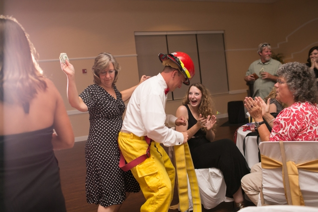 virginia-fall-firefighter-wedding-photo-120