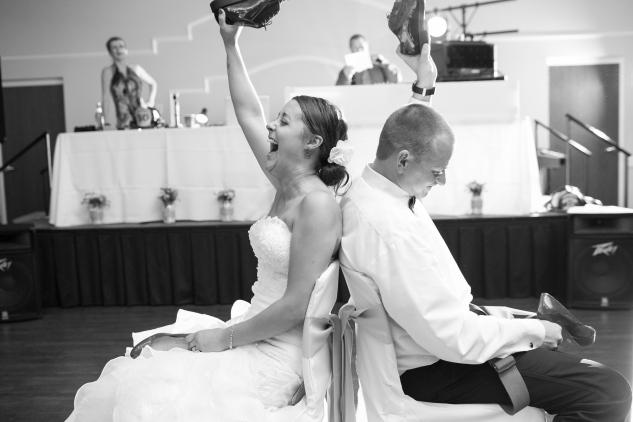 virginia-fall-firefighter-wedding-photo-127