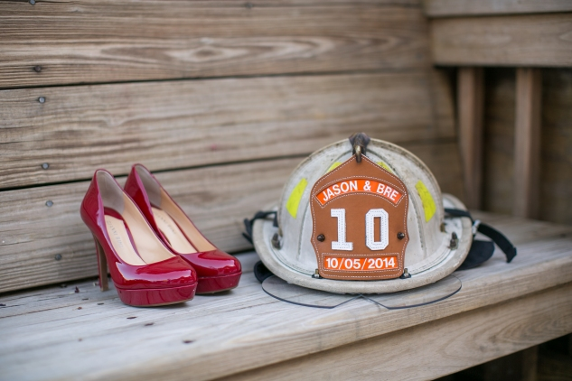 virginia-fall-firefighter-wedding-photo-22