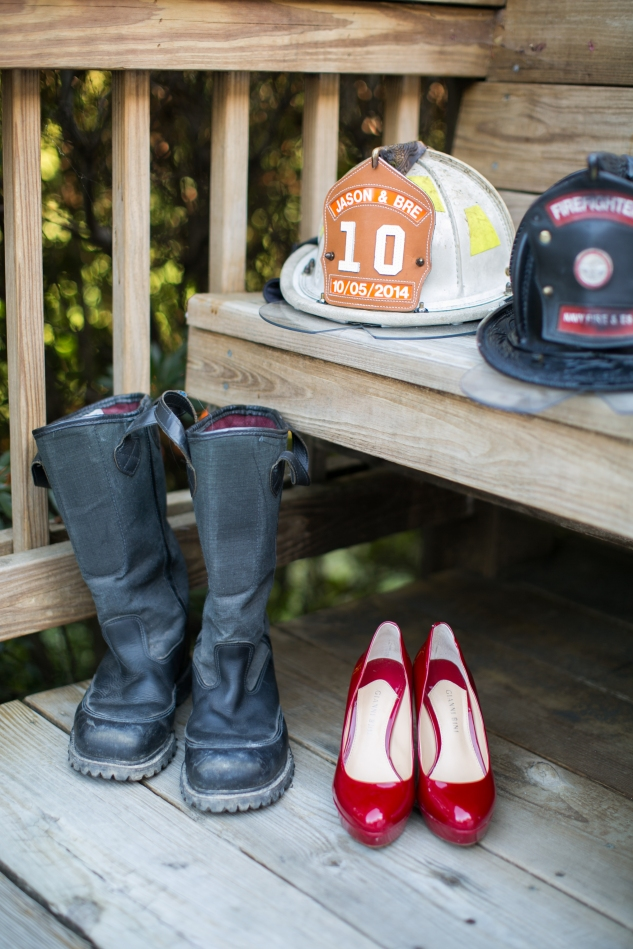 virginia-fall-firefighter-wedding-photo-26