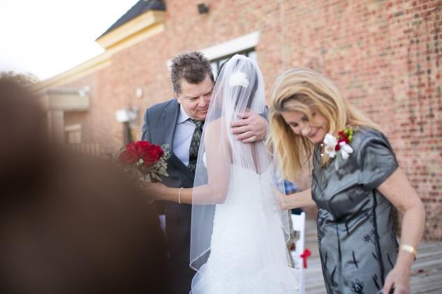 virginia-fall-firefighter-wedding-photo-36