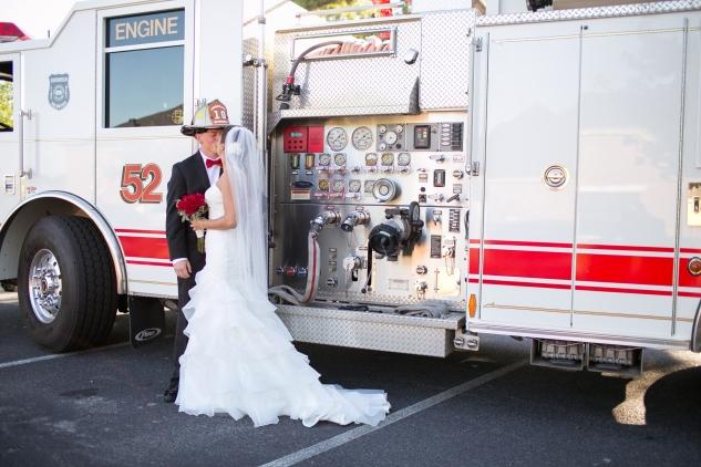virginia-fall-firefighter-wedding-photo-44