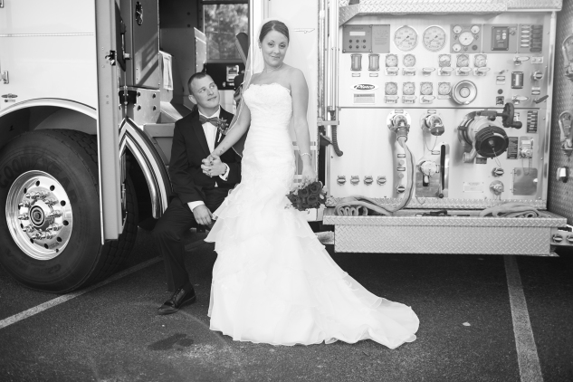 virginia-fall-firefighter-wedding-photo-48