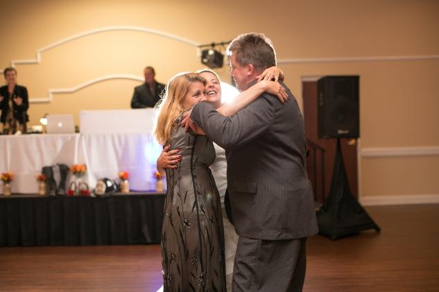 virginia-fall-firefighter-wedding-photo-89
