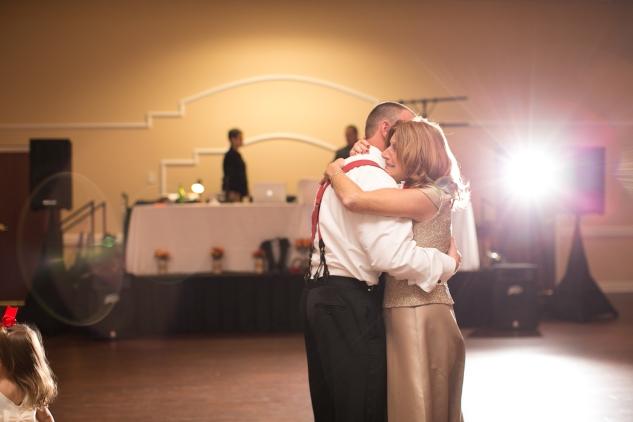 virginia-fall-firefighter-wedding-photo-91