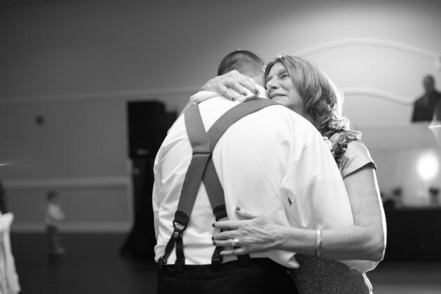 virginia-fall-firefighter-wedding-photo-92