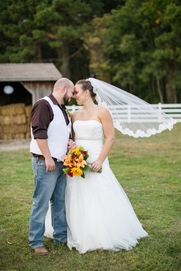 virginia-southern-fall-farm-wedding-photo-100