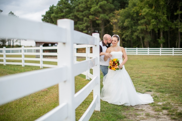 virginia-southern-fall-farm-wedding-photo-101
