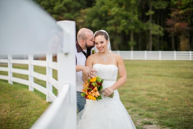 virginia-southern-fall-farm-wedding-photo-102