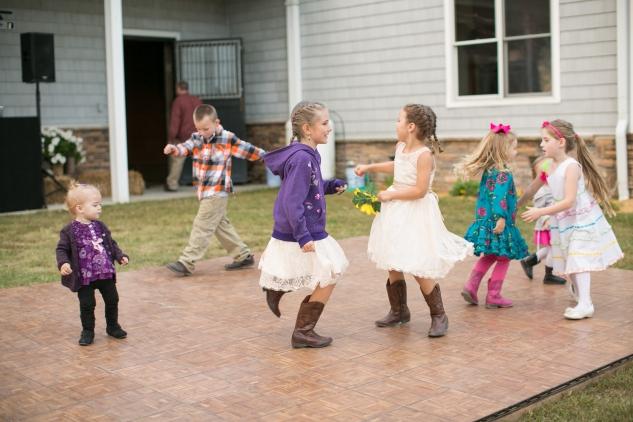 virginia-southern-fall-farm-wedding-photo-116
