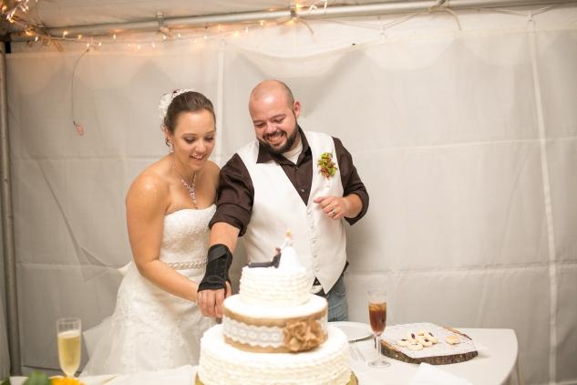 virginia-southern-fall-farm-wedding-photo-127