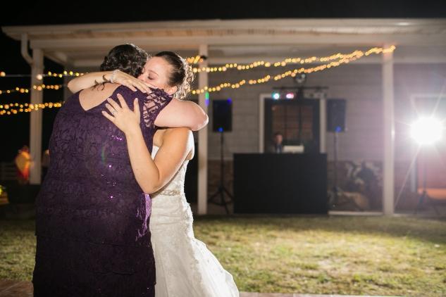 virginia-southern-fall-farm-wedding-photo-130
