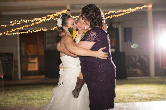 virginia-southern-fall-farm-wedding-photo-132