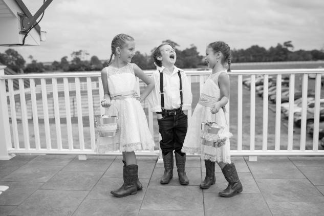 virginia-southern-fall-farm-wedding-photo-43