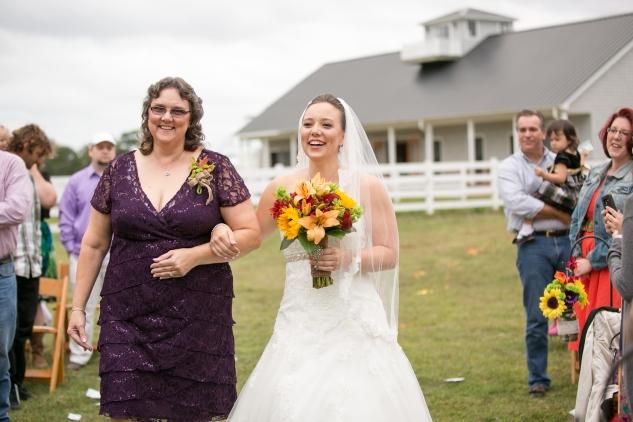 virginia-southern-fall-farm-wedding-photo-59