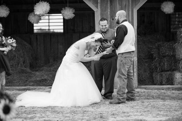 virginia-southern-fall-farm-wedding-photo-61