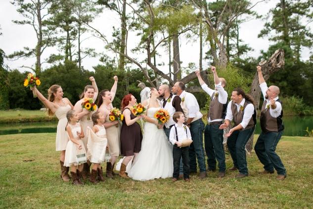 virginia-southern-fall-farm-wedding-photo-65