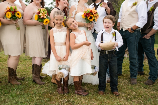 virginia-southern-fall-farm-wedding-photo-67