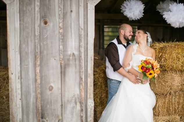 virginia-southern-fall-farm-wedding-photo-95
