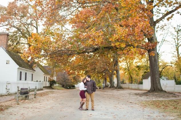 williamburg-holiday-engagement-photo-37