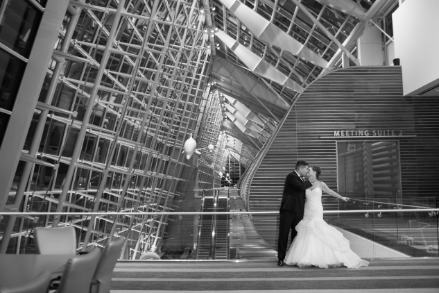 black-white-classic-virginia-beach-convention-center-wedding-113