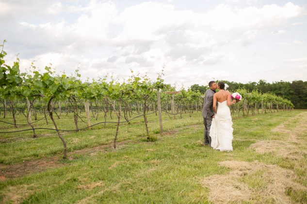 cooper-vineyard-navy-pink-wedding-amanda-hedgepeth-112