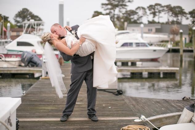 pink-aqua-virginia-beach-yacht-club-marina-shores-wedding-photographer-627