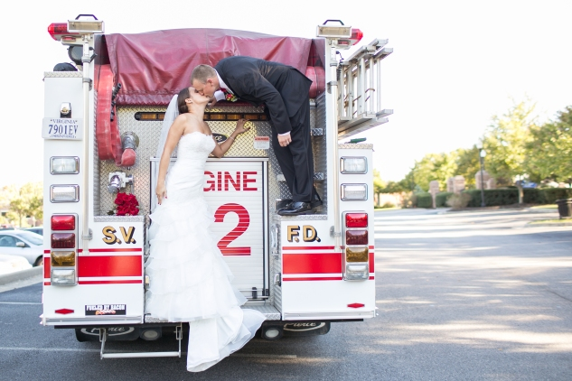 virginia-fall-firefighter-wedding-photo-58