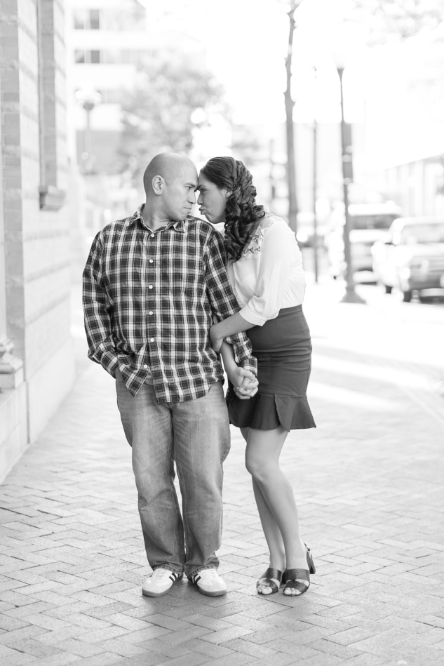 norfolk-engagement-photo-waterside-amanda-hedgepeth-15