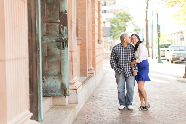 norfolk-engagement-photo-waterside-amanda-hedgepeth-16