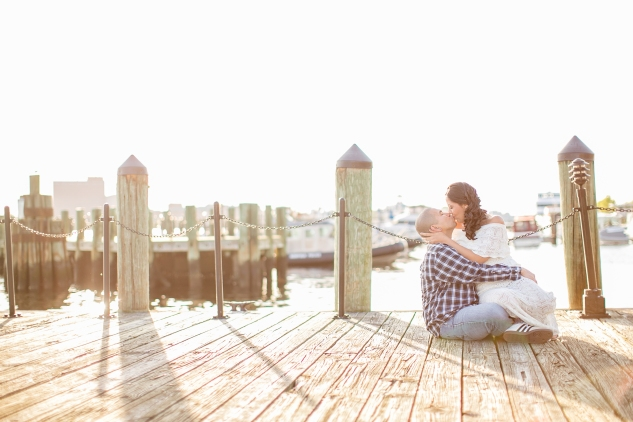 norfolk-engagement-photo-waterside-amanda-hedgepeth-22