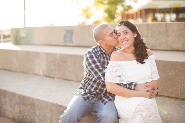 norfolk-engagement-photo-waterside-amanda-hedgepeth-35