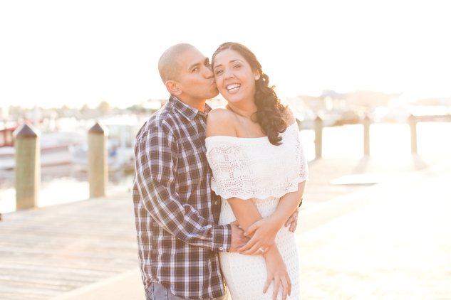 norfolk-engagement-photo-waterside-amanda-hedgepeth-44
