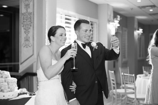 blue-coastal-virginia-beach-lesner-inn-wedding-photo-101