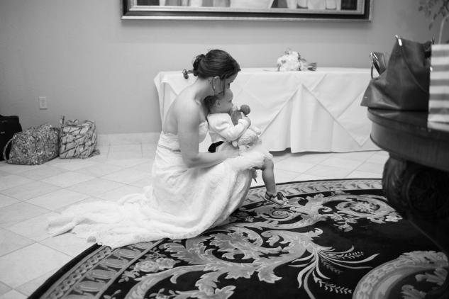 blue-coastal-virginia-beach-lesner-inn-wedding-photo-126