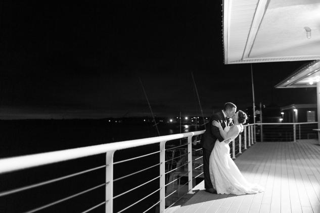blue-coastal-virginia-beach-lesner-inn-wedding-photo-127