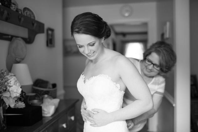 blue-coastal-virginia-beach-lesner-inn-wedding-photo-18