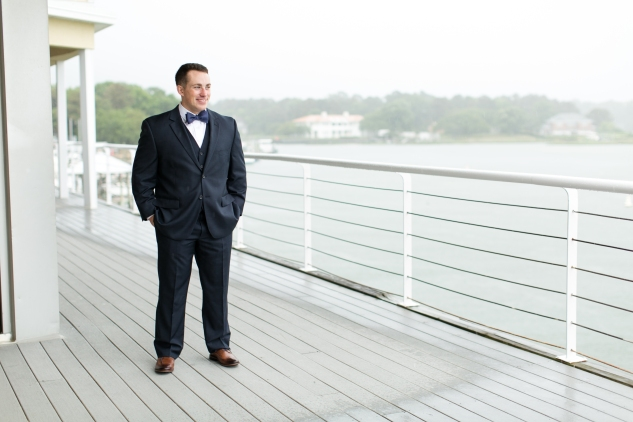 blue-coastal-virginia-beach-lesner-inn-wedding-photo-26