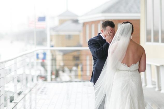 blue-coastal-virginia-beach-lesner-inn-wedding-photo-27