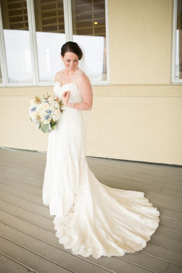 blue-coastal-virginia-beach-lesner-inn-wedding-photo-38