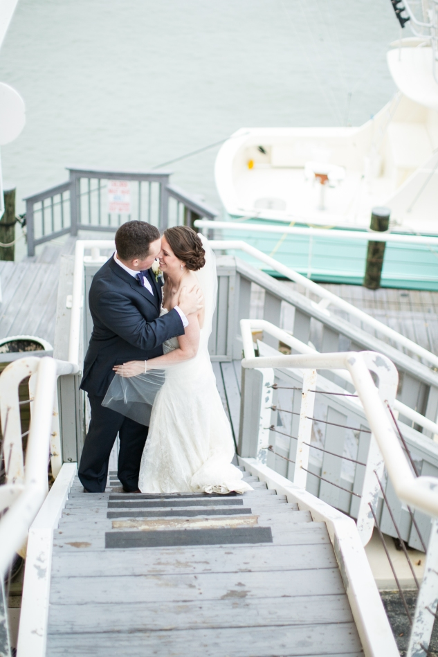 blue-coastal-virginia-beach-lesner-inn-wedding-photo-68