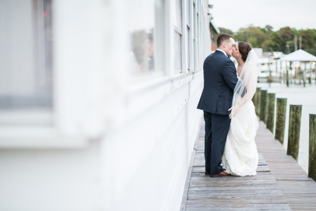 blue-coastal-virginia-beach-lesner-inn-wedding-photo-72