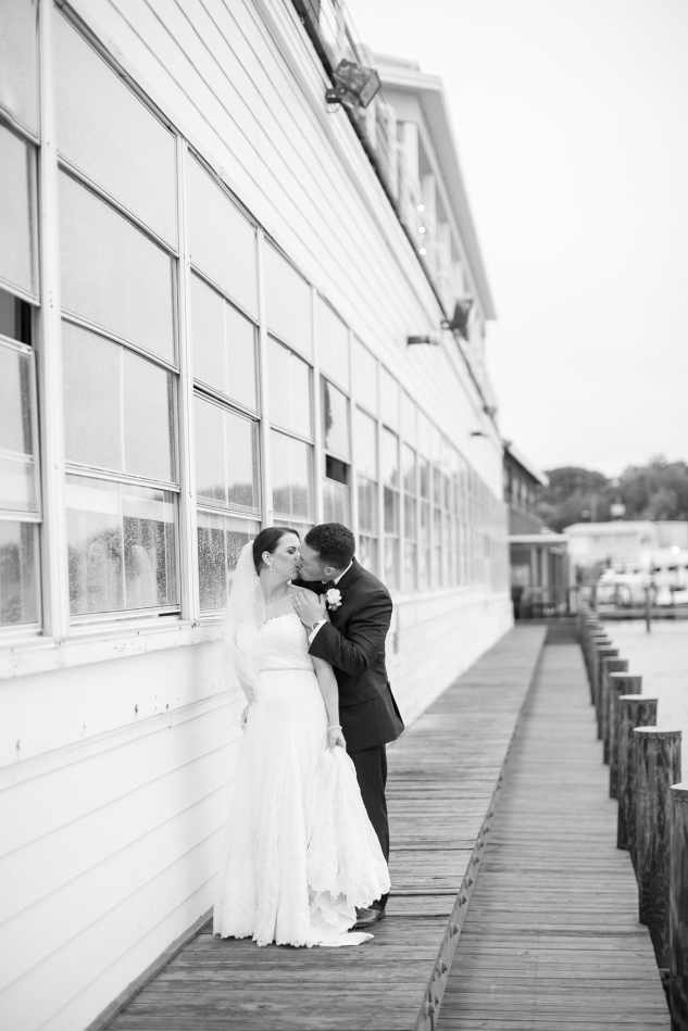 blue-coastal-virginia-beach-lesner-inn-wedding-photo-73