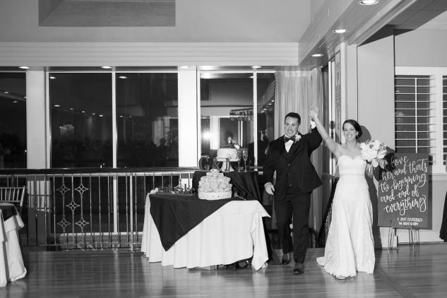 blue-coastal-virginia-beach-lesner-inn-wedding-photo-84