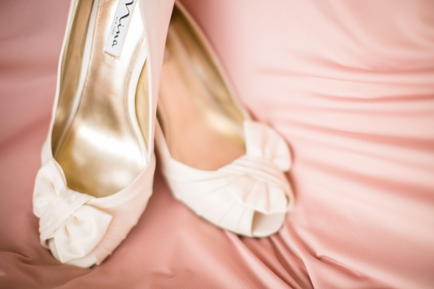 blush-neutral-lesner-inn-wedding-virginia-beach-wedding-photographer-photo-2