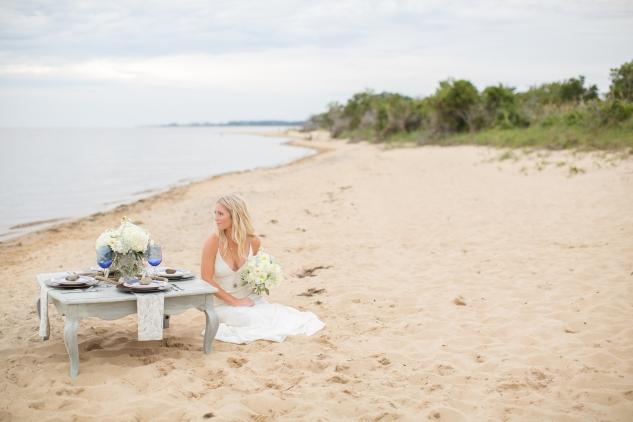 north-carolina-outer-banks-nags-head-blue-coastal-wedding-shoot-153
